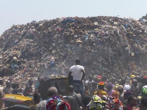 Huit morts dans l'éboulement d'une décharge d'ordures à Conakry — Guinée
