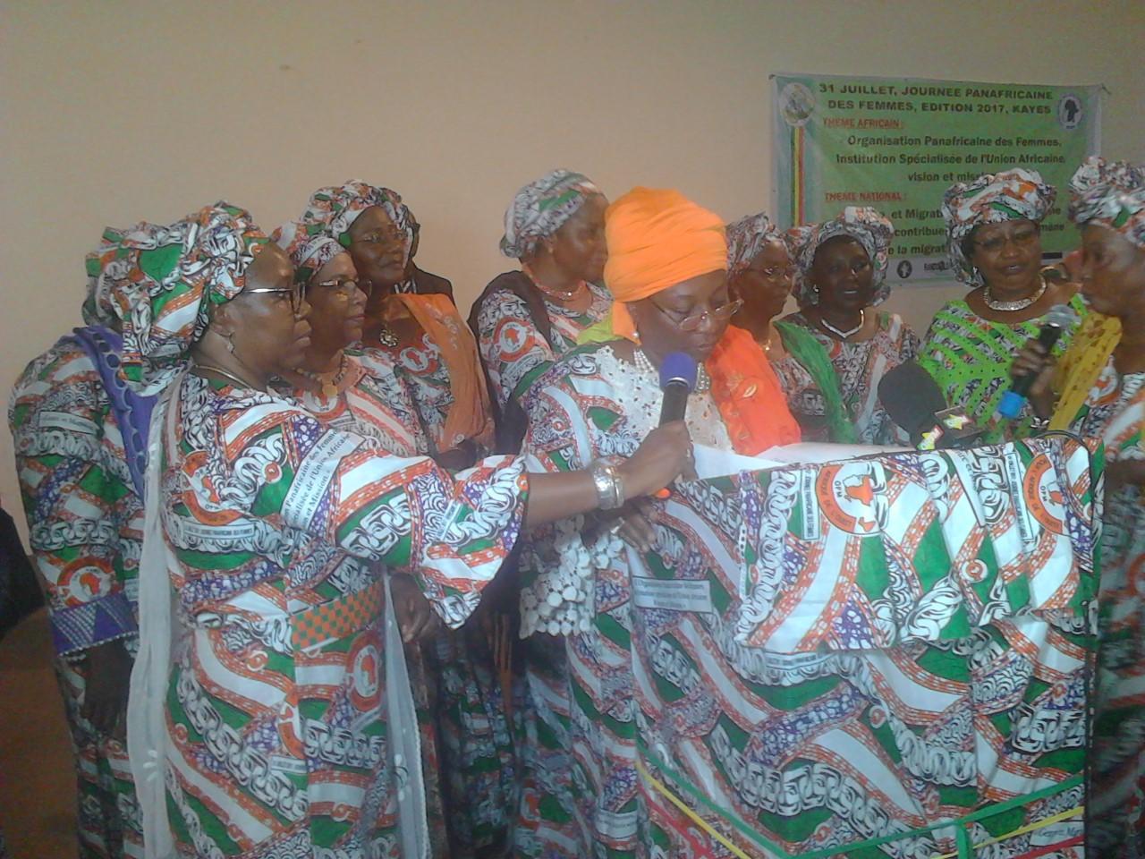 Defis de l immigration au mali le mali c l bre la for Malien de l exterieur